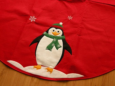 penguin tree skirt