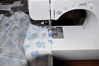 table cloth hemming