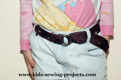 sew a tie belt from an old tie