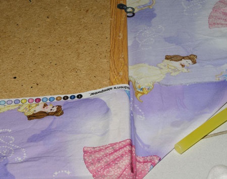 bulletin board corner glue