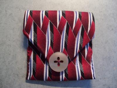change pocket out of tie