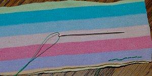 close straight hand stitch