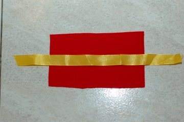 ribbon in middle when sewing a needle book