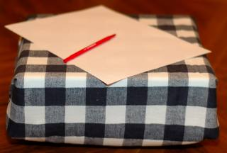 Sew A Lap Desk For Drawing
