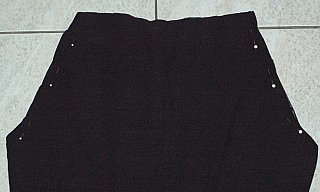 pin curves pants